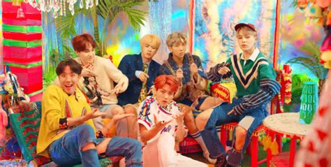 """14 moments from BTS """"IDOL"""" that we're still not over   SBS"""