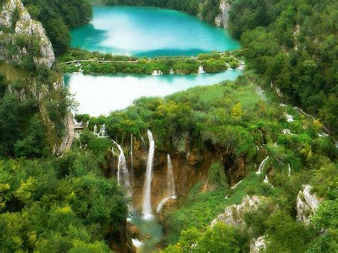 Landcape Plitvice Lakes National Park Croatia Wallpaper