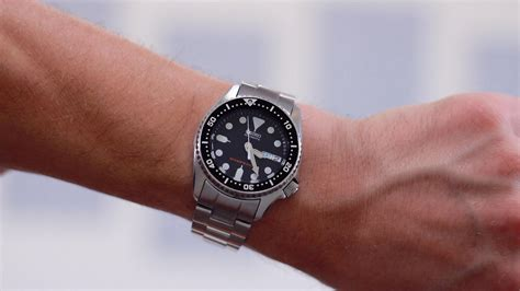 Seiko SKX013 Review: The Best Small Dive Watch?