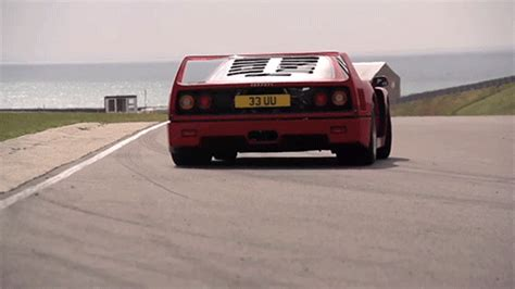 Ferrari F40 Owner Changes Exhaust, Turns Car Into