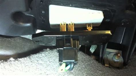 2002 Jeep GC blower motor resister replacement - YouTube