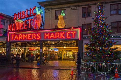 Christmas Events and Attractions in Seattle
