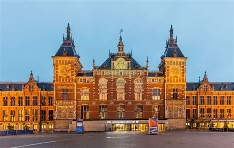 Amsterdam Centraal station - Wikipedia