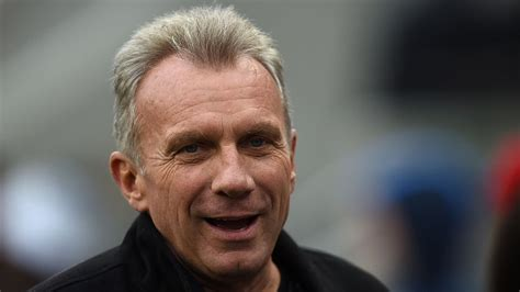 Star QB Joe Montana, Wife Thwart Would-Be Kidnapping In