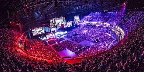 Facebook Inked a Big-Time Esports Livestreaming Pact With